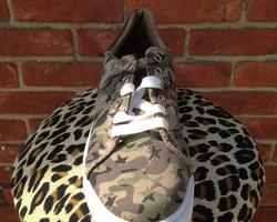 Sneaker military